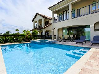 W143 - 6 Bed Pool Home on Castle Pines, Reunion, Kissimmee