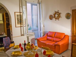 THE BERRIES - Quiet, Comfy, Safe Family House, Bolonia