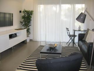 MODERN LUXURY APT IN CITY CENTER OF JERUSALEM, Jerusalén