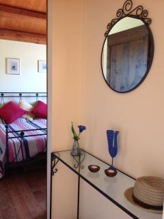 Rondine hallway through to Bedroom