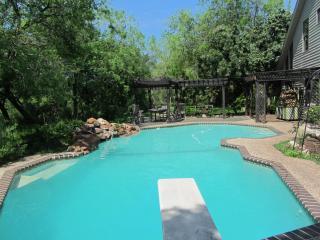San Antonio Botanical Paradise with Private Pool