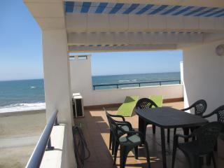 Beachfront Rincon 5,WIFI,A/A,garage,terrace,solarium, Rincon de la Victoria