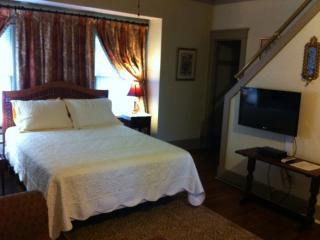 Memphis Belvedere Suites Studio & loft apt