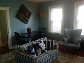 HUGE Beautiful 2 Bedroom/2 Bathroom 1250 sq ft apt, North Plainfield