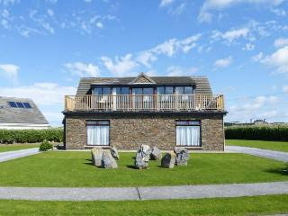 8 SEA FORT, detached cottage, upside down accommodation, stunning views, near