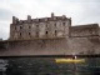 kayaking  in front of  Fort  Niagara