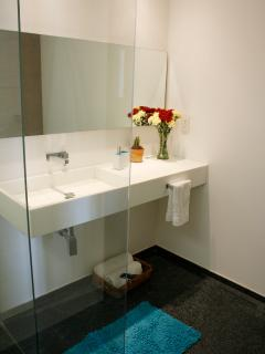 Reforma 284 has all the services and facilities you need in order to make your stay very confortable