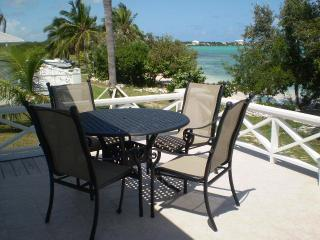 BEACHFRONT Exuma Vacation Rentals, Great Exuma