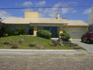 EXCELLENT HOUSE IN FRONT OF SEA, Capao da Canoa