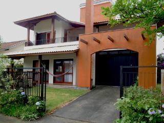 Casa das Corujinhas, Armacao.