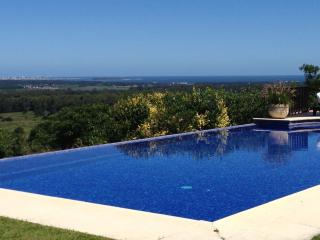 *LUXURY* Ample and majestic house with pool, Punta del Este
