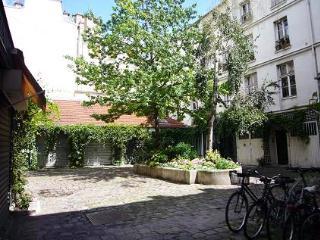 beautiful courtyard, 17th century building