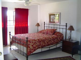 Rent a Luxury Room with us in Sunny Florida, Plantation