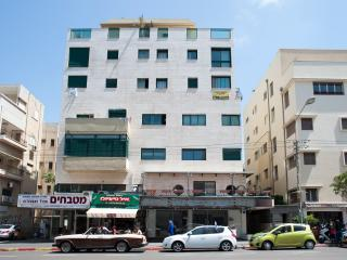 3 Bedrooms penthouse 122 Ben Yehuda str. Apartment #25, Jaffa