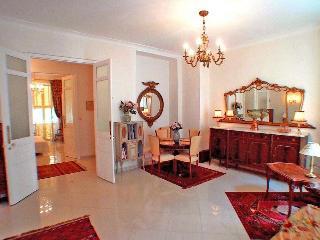 Nice central, spacious, elegant, gracious, 2bdrms