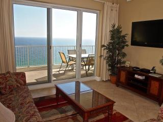 Beachfront 2 Bedroom at Ocean Reef with Free Beach Service, Panama City Beach