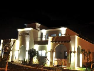 Black&White Golan Villa and suites, Had Nes