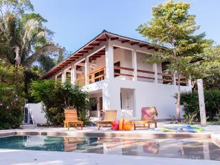 Unidad 6 / Casa Rosada Nosara / Playa Guiones