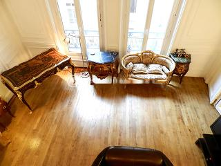 Renovated Studio at the Heart of Triangle d'Or, Ile Amsterdam