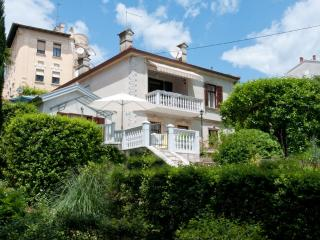 Ideal and Neat 2 Bedroom Apartment in Croatia  - Salona No. 3, Opatija