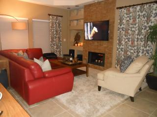 Designer Condo in Prime North Scottsdale TPC Golfing Location, Shopping, Dining