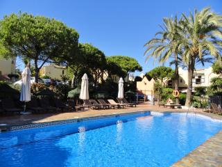 Beach-house with Pool+Spa+Tennis+Golf near Marbella Spain!