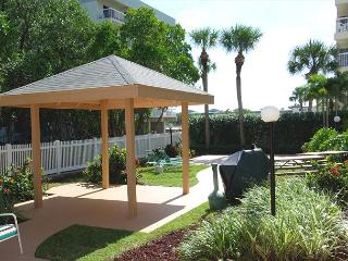 Very Well Maintained & Supplied Direct Intracoastal Unit with Heated Pool!, Indian Shores