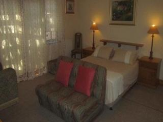 Executive/holiday Cottage/garden Apartment, Cape Town Central