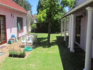 Executive/holiday Cottage/garden Apartment