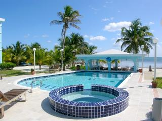 Sunset Beach B2 - 3 bedroom condo on your own private beach! - WiFi/AC/kayaks