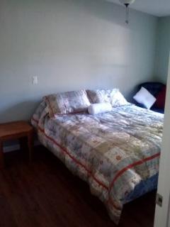 Bedroom 3  Queen