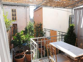 Luxury Two Bedroom Terrace Trastevere, Roma