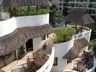 CONDO Best Location !  One Minute To The Beach ¡¡¡, Playa del Carmen
