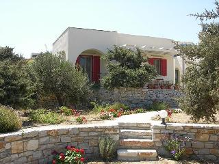 Single floor villa w. sea view, walk-in rainshower, Agios Prokopios