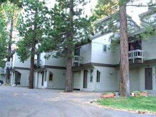 Small, Quiet Complex, Spacious Two Bedroom, Loft With Private Garage, Mammoth Lakes