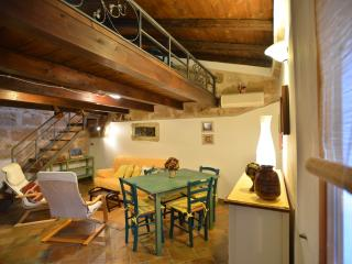 Great location in OldTown closewalk to sea Alghero