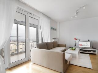 City center apartment! Babka Tower, Warsaw