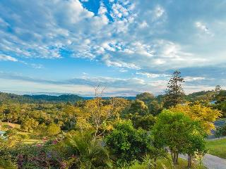 Stunning hinterland views. Tranquil 3 bed House