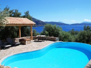 Waterfront - Villa Nautica