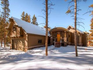 Exceptional quality, layout and location for your family gathering., Breckenridge