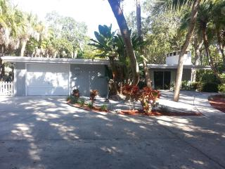 Siesta Quarters Vacation Home on Siesta Key!