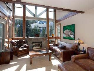Ski-in/Ski-out Luxury, Whistler