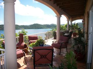 Sugar Bird Cove - Beachfront/Magens Bay view villa, St. Thomas