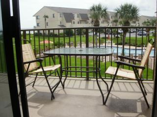 Beautiful  2 Bed/ 2.5 Bathroom Oceanview Townhouse located on St. Augustine Beach