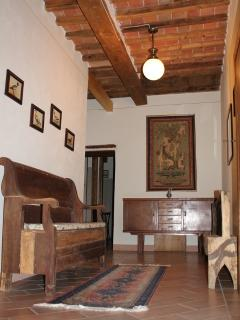 Features of the property, antiques and original features.