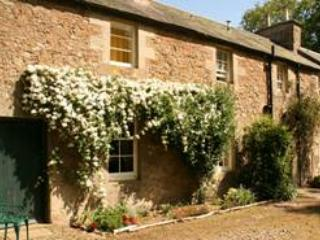 Grooms Cottage - Scottish Borders vintage chic