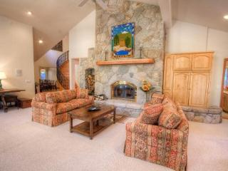 Silver Rock Lodge Spectacular Skyland Home ~ RA45248, Lago Tahoe
