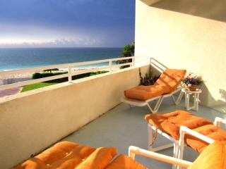 Apartment on Lucayan Beach Freeport