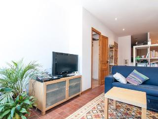 Quiet refurbished flat - HUTB 005948, Barcelona