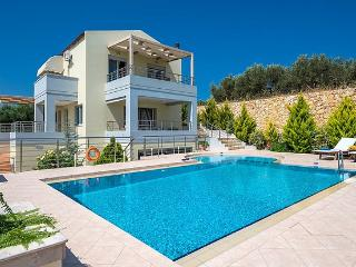 A Luxury Villa to Rent, Sea View, Near Beach, La Canea